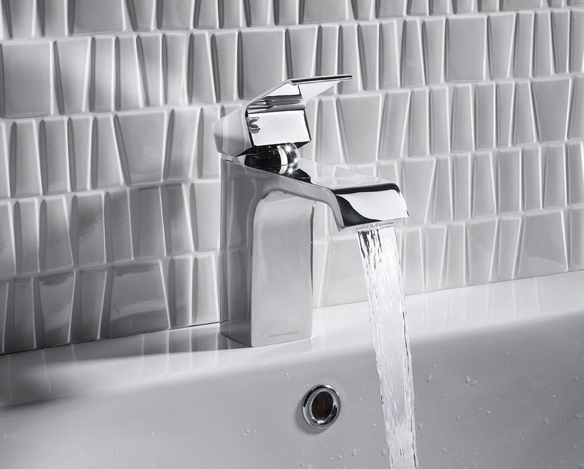 chrome monobloc lever action basin mixer tap with click waste
