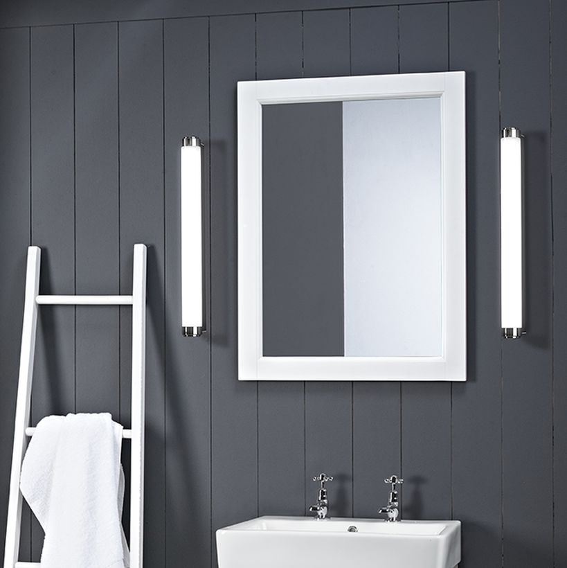 Hampton chalk white 2 TH basin lights lifestyle