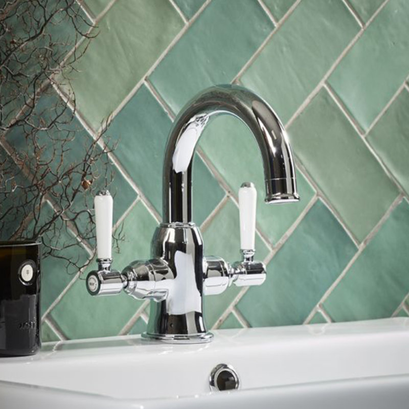 Square Inlay Keswick basin mixer lifestyle